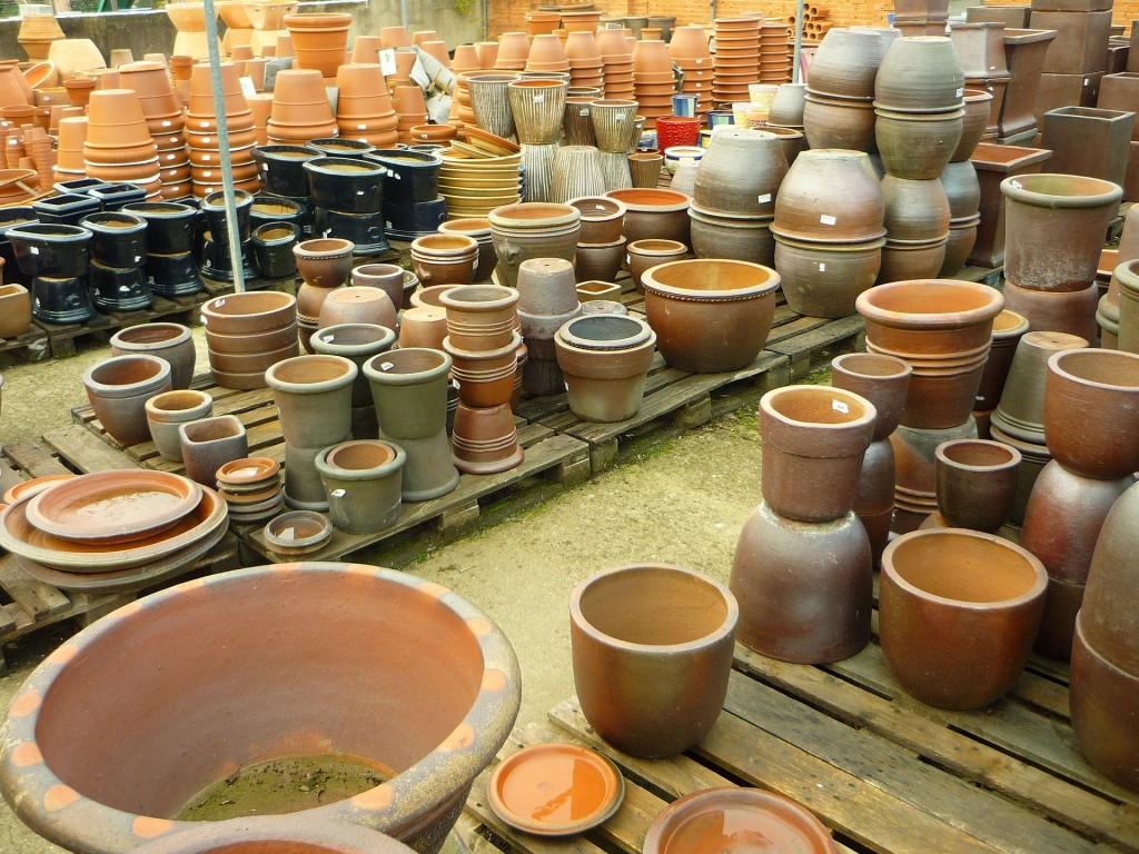 pots-221317_1920